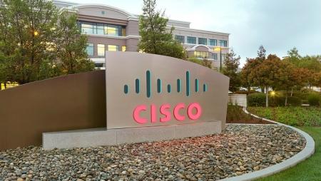 Cisco lança correções críticas para série 9000