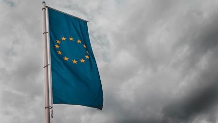UE não aceita novas criptomoedas até mitigar riscos