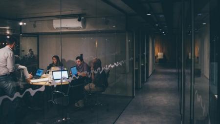 Lacuna de competências digitais inviabiliza sustentabilidade das empresas